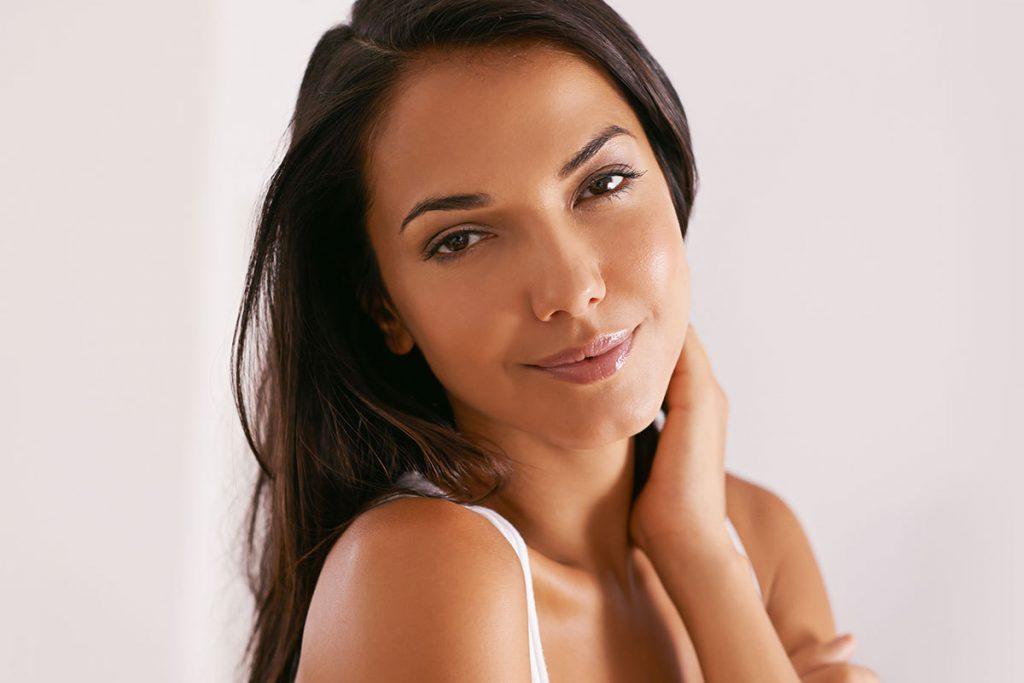Dr. Movassaghi aesthetician solution maskne acne