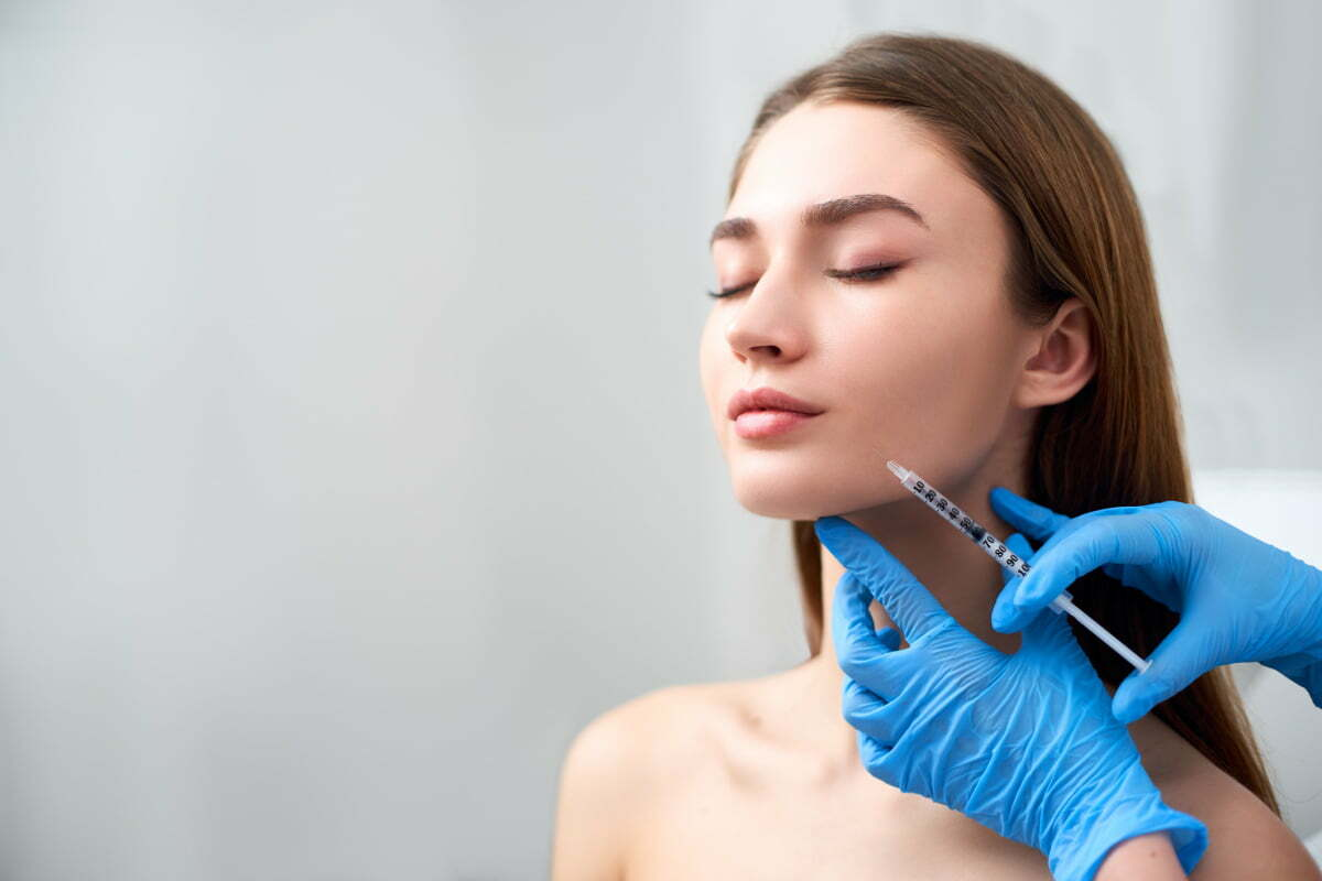 RHA Fillers Are Here, and They May Be the Most Effective Anti-Aging Cosmetic Injectable Yet